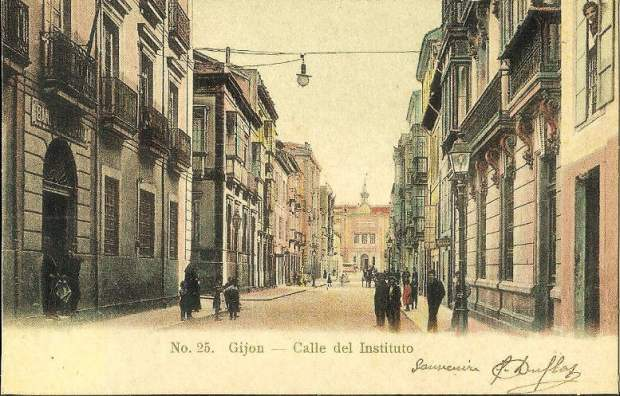 Gijon Calle Del Institutio 25